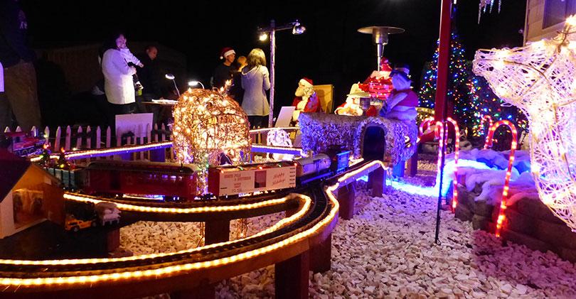 2015 North County Christmas Lights & Displays