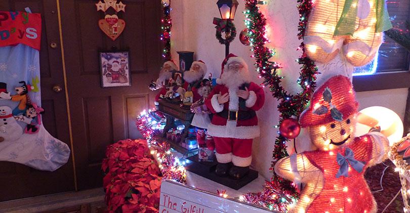 San-Marcos-Christmas-Light-Displays - 2015 North County Christmas Lights & Displays