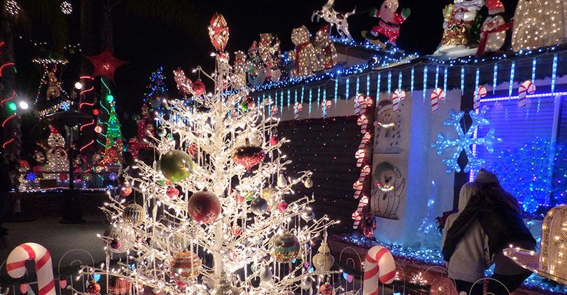 San-Marcos-Christmas-Lights - 2015 North County Christmas Lights & Displays