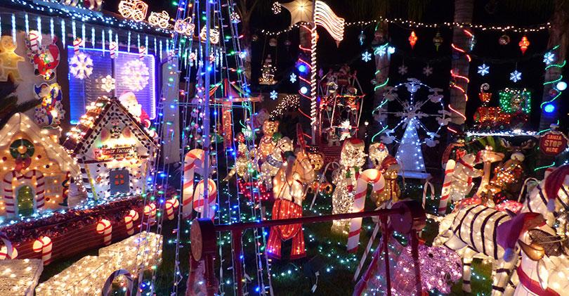 Vista-Christmas-Lights - 2015 North County Christmas Lights & Displays