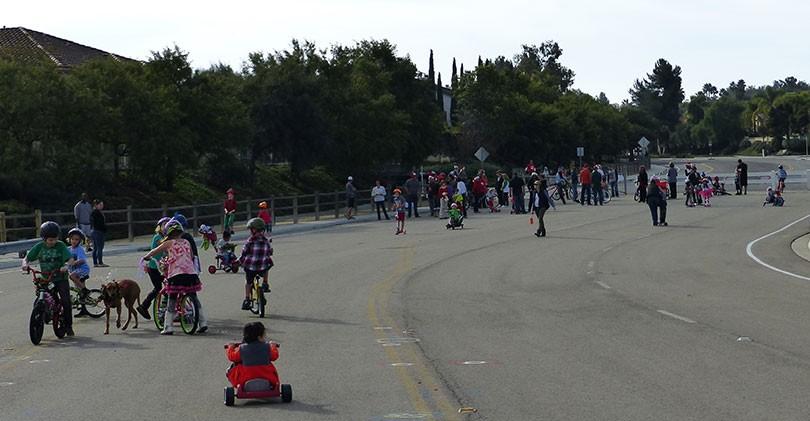 bike-parade-santa-fe-hills
