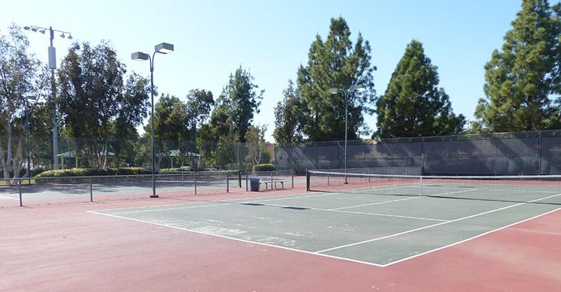 Cerro-De-Las-Posas-Park-Tennis