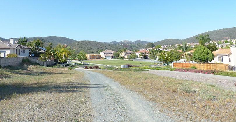 Quail-Valley-Park-trail