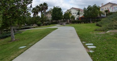 Regency-Hills-Park-Walking-Path