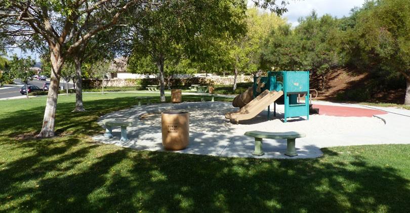 Santa-Fe-Hills-Park-Play-Structure